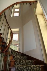 Escalier principal du château hôtel de La Rozelle