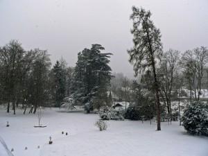 parc romantique du château de La Rozelle aménagé en 1880, l'hiver